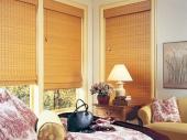 деревянные шторы в гостиной