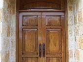 дубовые входные двустворчатые двери