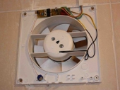монтаж вентиляции в ванной